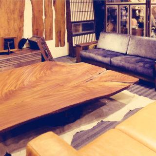 欅の幅180cmの一枚板